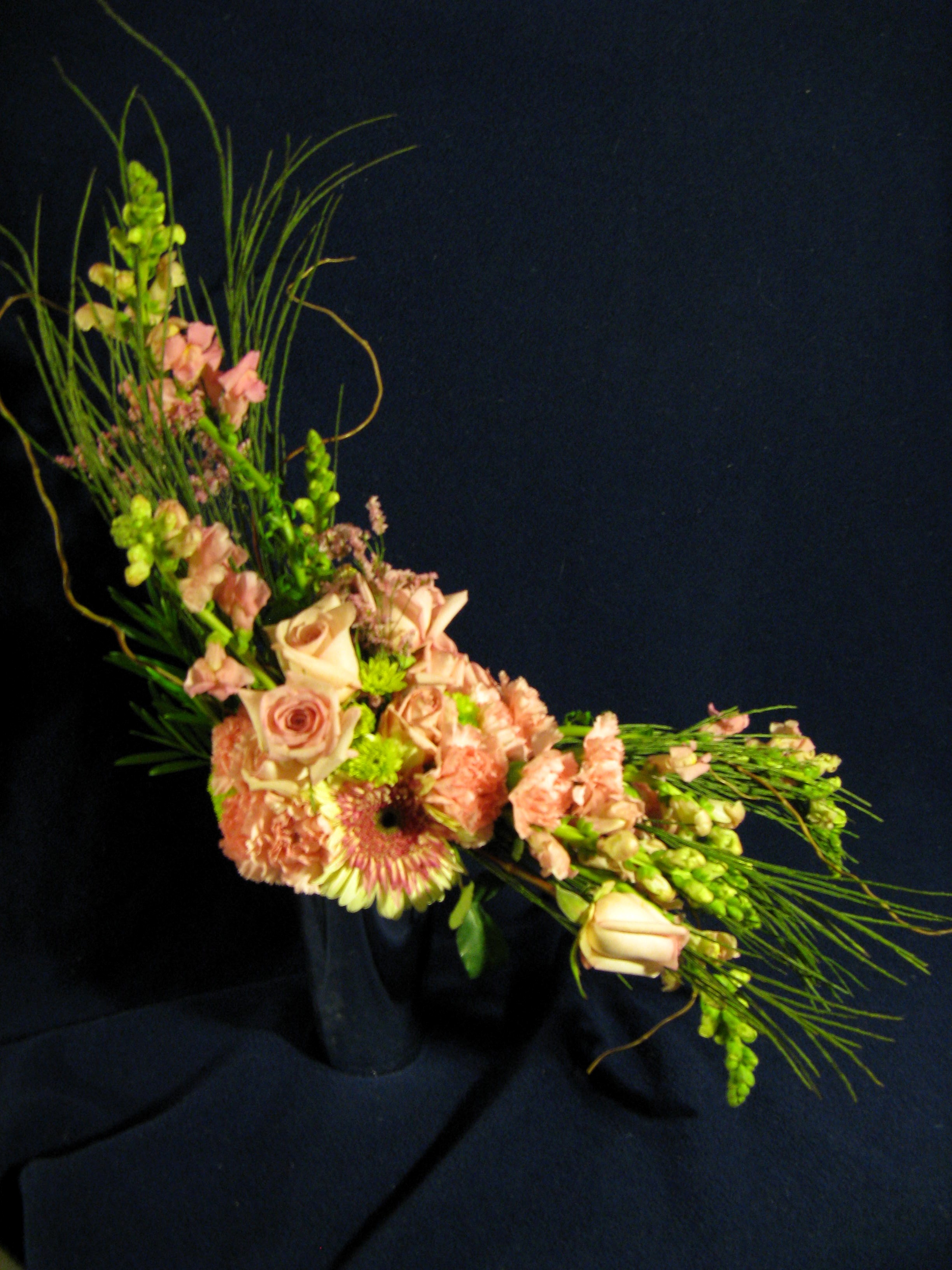 S-Curve Flower Arrangement